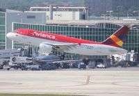 N266CT @ MIA - Avianca A319