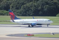 N302DQ @ TPA - Delta 737-700
