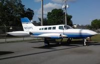 N320PC @ ORL - Cessna 402B