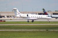 N327TL @ PBI - Gulfstream IV