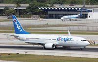 F-GZHB @ KFLL - Boeing 737-800