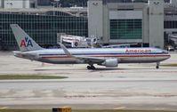 N352AA @ MIA - American 767-300