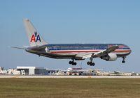 N355AA @ MIA - American 767-300