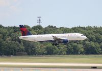 N367NW @ DTW - Delta A320