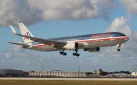N385AM @ MIA - American 767-300