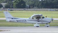 N422CB @ ORL - Cessna 172S