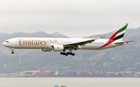 A6-EMP @ VHHH - Emirates - by Wong Chi Lam