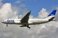 G-WWBM @ EGLL - Finals to 27R - by John Coates