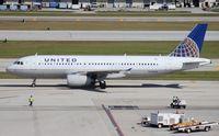 N470UA @ FLL - United A320