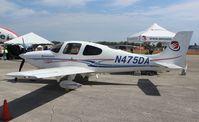 N475DA @ EVB - Cirrus SR20