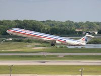 N483A @ DTW - American MD-82