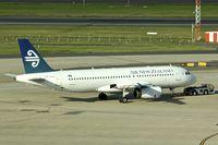 ZK-OJO @ YSSY - 2006 Airbus A320-232, c/n: 2663
