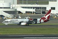 VH-XZJ @ YSSY - VH-XZJ (MENDOOWOORRJI), 2013 Boeing B737-838 (WL), c/n: 39365 at Sydney