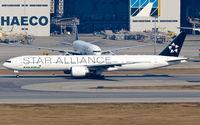 B-16701 @ VHHH - EVA Airways - by Wong Chi Lam