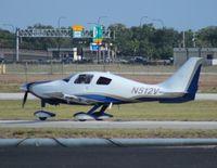 N512V @ ORL - Columbia LC41