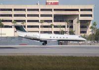 N535V @ MIA - Gulfstream V