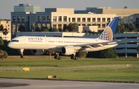 N562UA @ TPA - United 757-200
