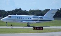 N604PS @ ORL - Challenger 604