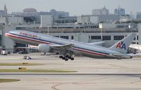 N758AN @ MIA - American 777-200
