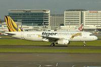VH-VNO @ YSSY - 2009 Airbus A320-232, c/n: 4053 at Sydney