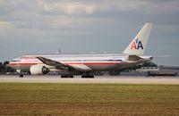 N789AN @ MIA - American 777-200