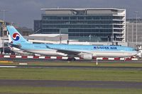 HL7586 @ YSSY - 2000 Airbus A330-323, c/n: 351 of Korean Air at Sydney