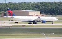N818NW @ DTW - Delta A330-300