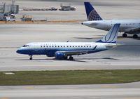 N858RW @ MIA - United E170