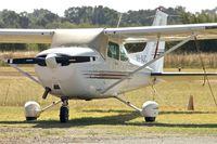 VH-AUC - 1981 Cessna 172P, c/n: 17275190