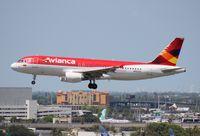 N862AV @ MIA - Avianca A320
