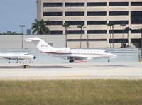 N914QS @ MIA - Citation X