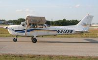 N914SW @ LAL - Cessna 172S