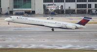 N929DN @ MIA - Delta MD-90