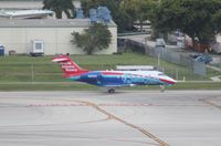 N991GS @ FLL - Sandals on this side...