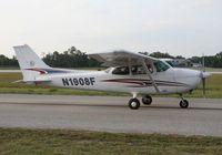 N1908F @ LAL - Cessna 172M