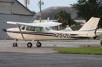 N2512U @ LAL - Cessna 172D