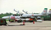 1806 @ EPPM - PZL-Mielec TS-11 200SBbisD (F) Iskra [3H18-06] (Polish Air Force) Minsk-Mazowiecki~SP 19/03/2004 - by Ray Barber