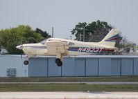 N4923T @ ORL - Piper PA-28R-200