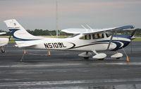 N510SL @ ORL - Cessna 182T