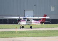 N5582H @ 1D2 - Cessna 150G