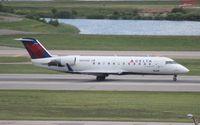 N8588D @ DTW - Delta Connection CRJ-200