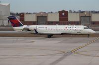N8969A @ DTW - Delta CRJ-200