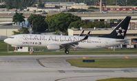 N26210 @ FLL - United Star Alliance 737-800
