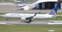 N27421 @ TPA - United 737-900