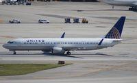 N37466 @ MIA - United 737-900