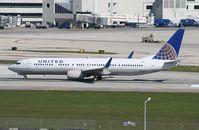 N39415 @ MIA - United 737-900