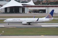 N39416 @ TPA - United 737-900