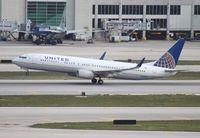 N45440 @ MIA - United 737-900