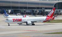 PT-MSS @ MIA - TAM 767-300