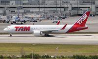 PT-MSX @ MIA - TAM 767-300